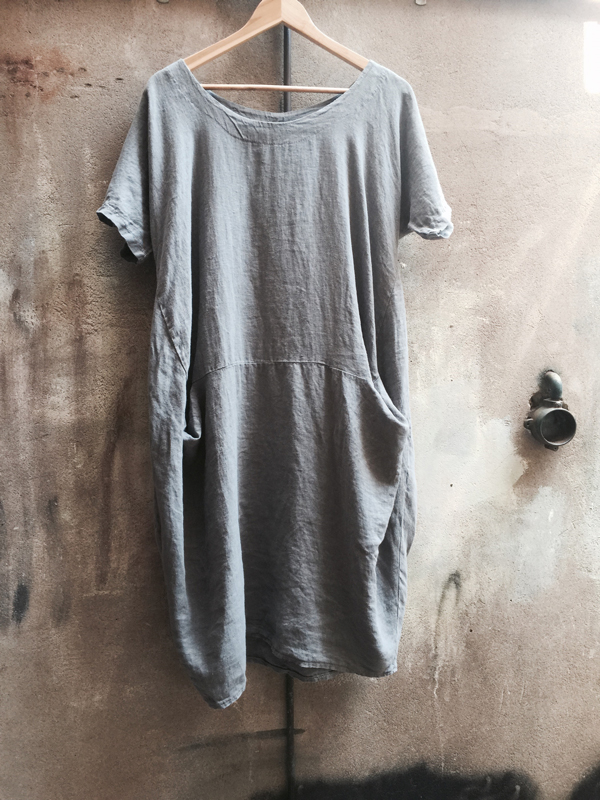 dress-002-sybilla-07-grey