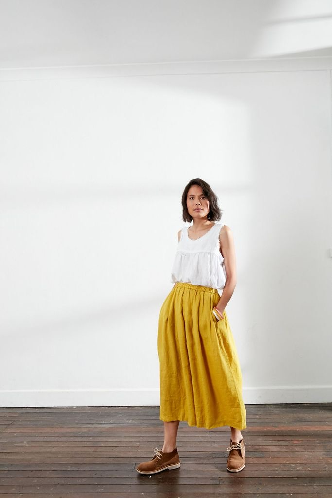 Stunning Italian Linen Culottes in the softest linen falling to look like a skirt. pants-101-carrie-06-mustard