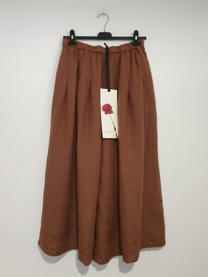 Stunning Italian Linen Culottes in the softest linen falling to look like a skirt. pants-101-carrie-09-tobacco