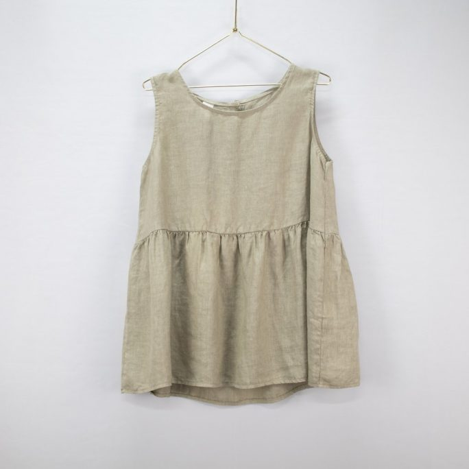 This Italian linen summer top is casual yet elegant fits most and suits every age. top-102-jilly-05-natural